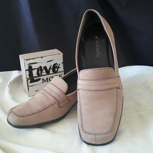 Aerosoles Suede Leather Block Heel   Size 8.5 B